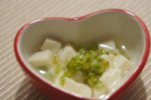 豆腐とブロッコリーの煮物