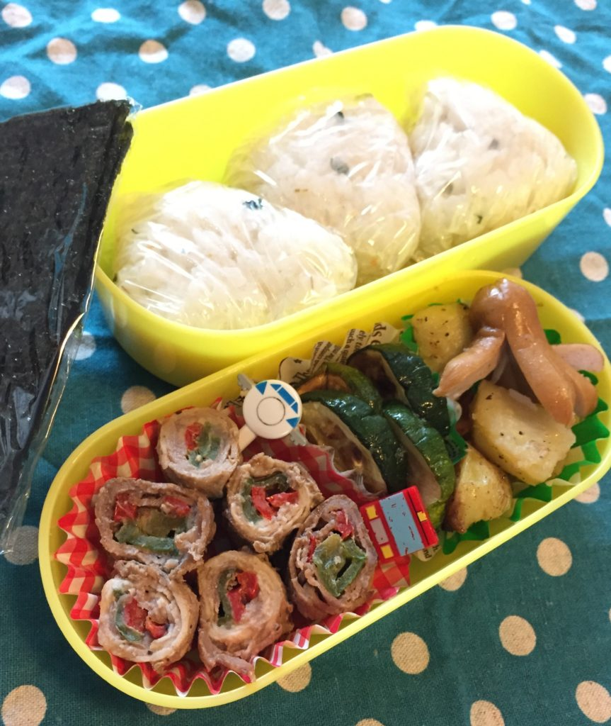 遠足シーズン到来しました。こどもたちは、お弁当をとても楽しみにしています。 こどもたちが喜ぶお弁当 を忙しい朝でも無理なく、簡単に作れたらうれしいですよね。