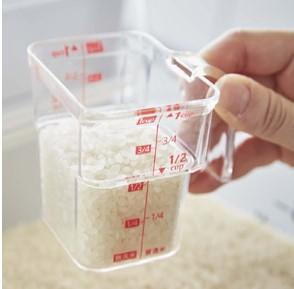米計量カップ 段々計量カップ:山崎実業