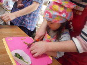 おうちの台所で食育 料理教室 女の子